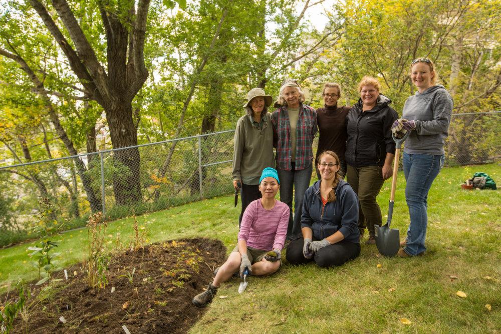 Finshed garden and happy volunteers (Photo: ECF)
