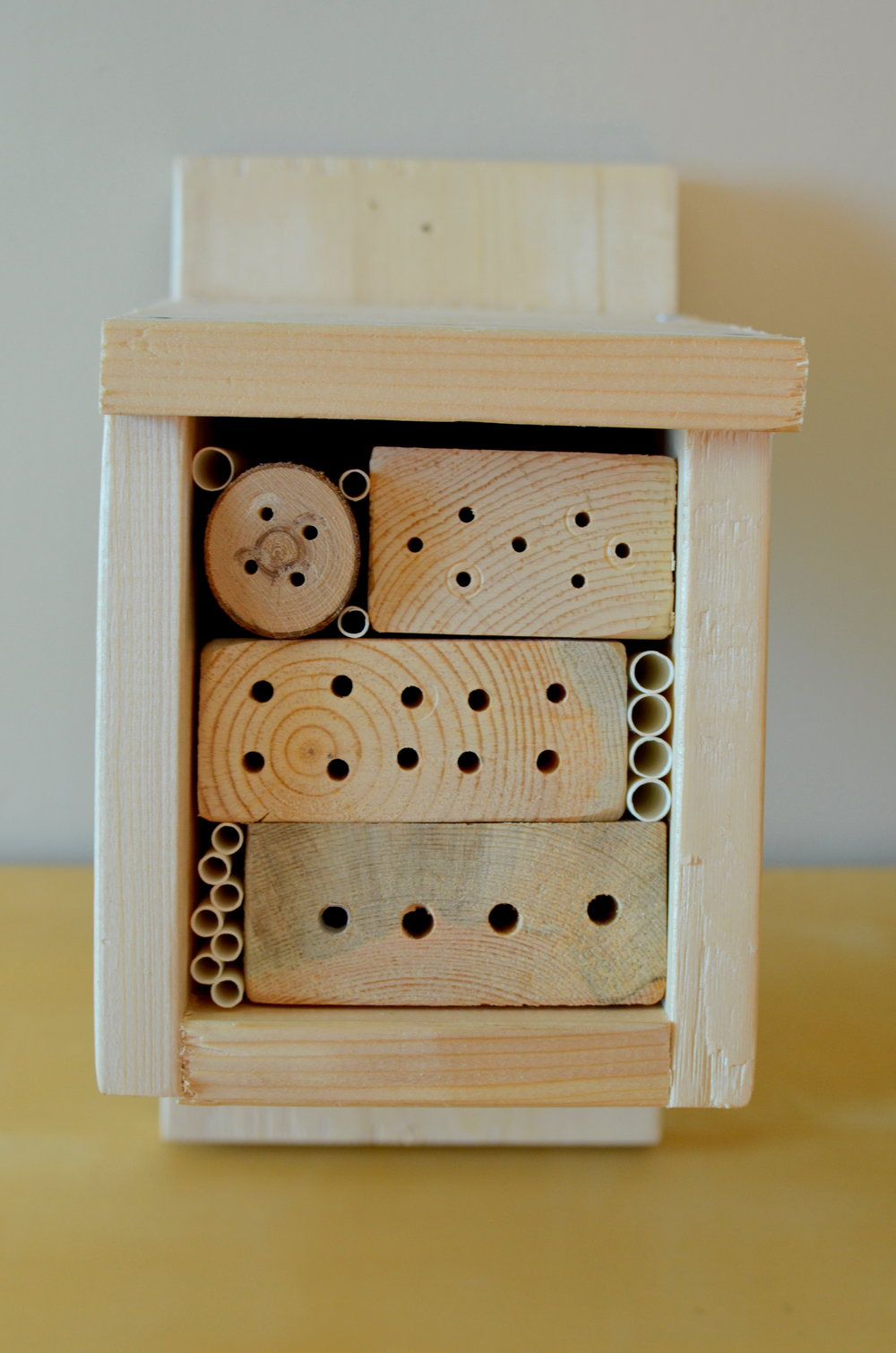 Small bee hotel