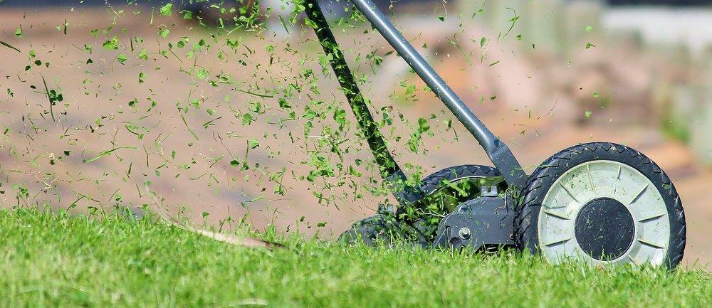 lawn-mower-938555_1920.jpg