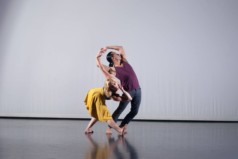 RDT dancers Lauren Curley and Efren Corado Garcia, in Gotheiner's  Dabke . Photo by Ismael Arrieta.