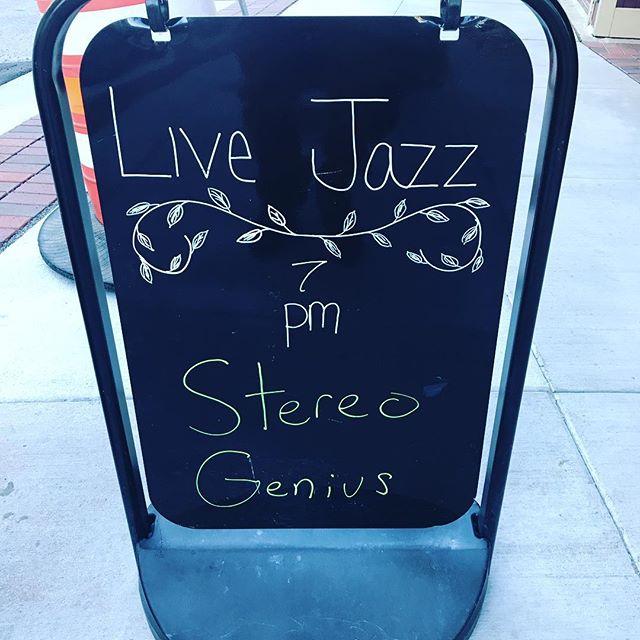 Tonight! 7-11pm  #jazz #R&B #Chicago #Evanston #northwestern #downtown #steak #oysters #martinis #oldfashions #welldone #mediumrare