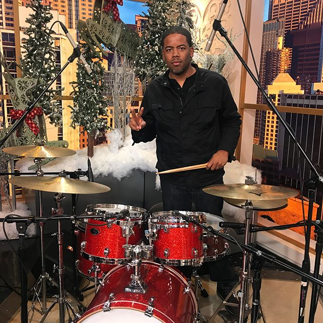 Performing with @kaeyramusic today on @windycitylive!! #thebeatpusha #drummerslife #chicagomusic #recordingartist #fountainsofgold @officialtamadrums @evansdrumheads @zildjiancompany @vicfirth