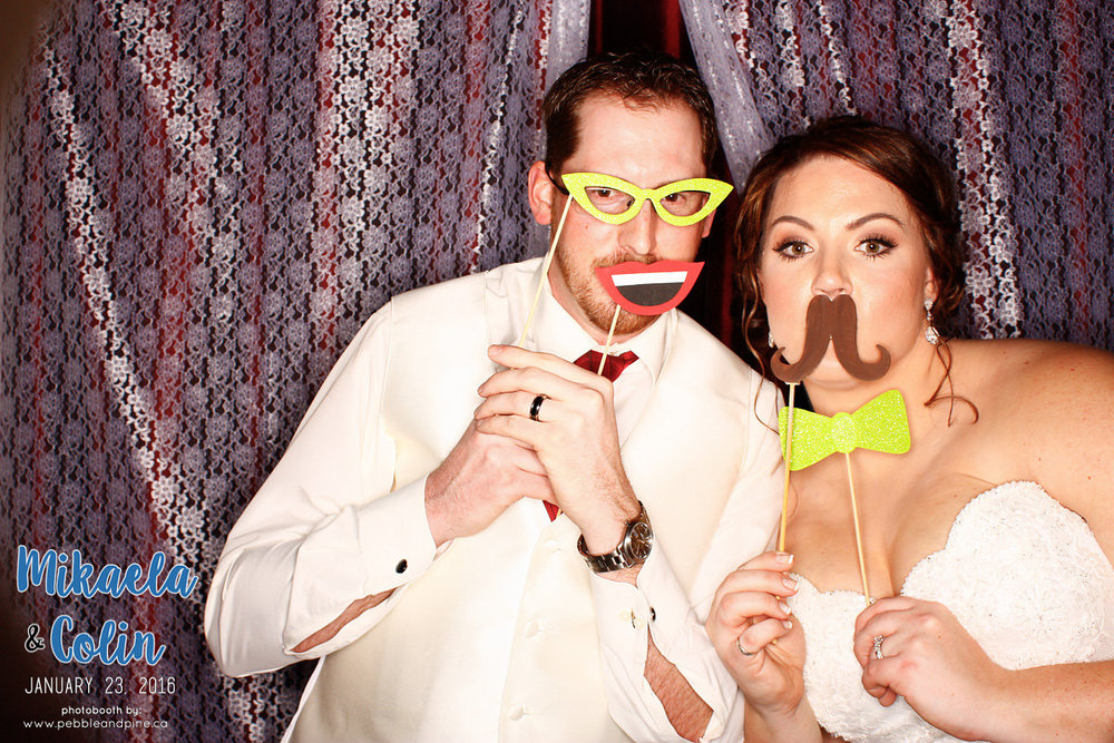 MikaelaColinWedding_Photobooth-55.jpg