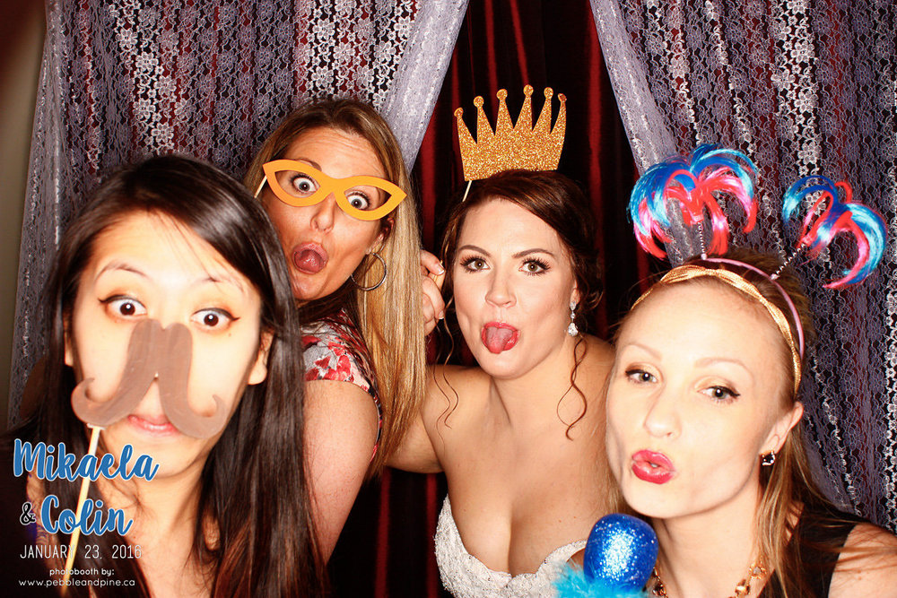 MikaelaColinWedding_Photobooth-145.jpg