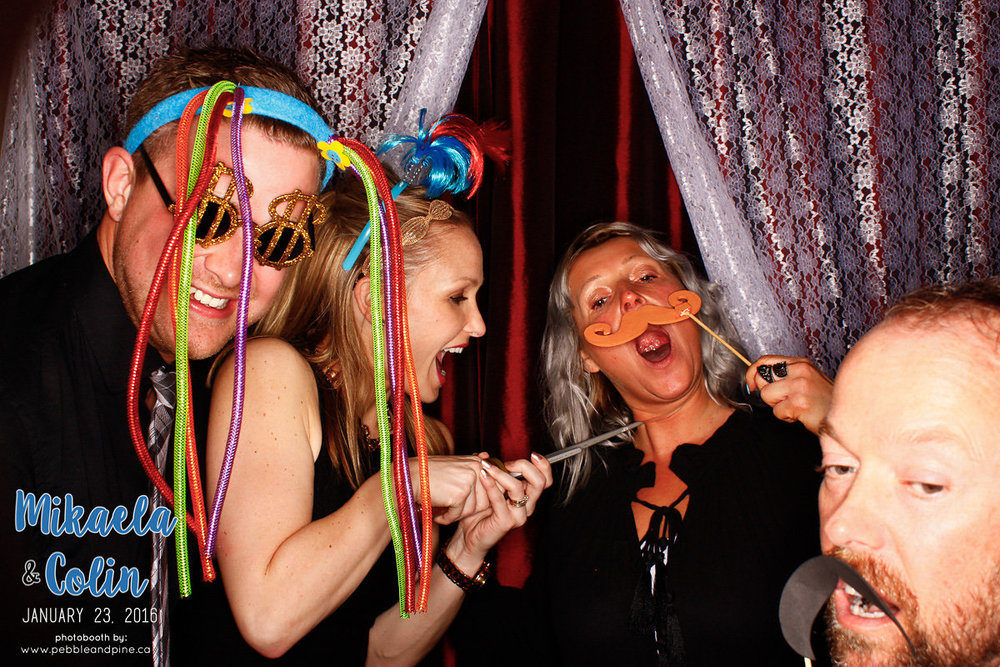 MikaelaColinWedding_Photobooth-179.jpg