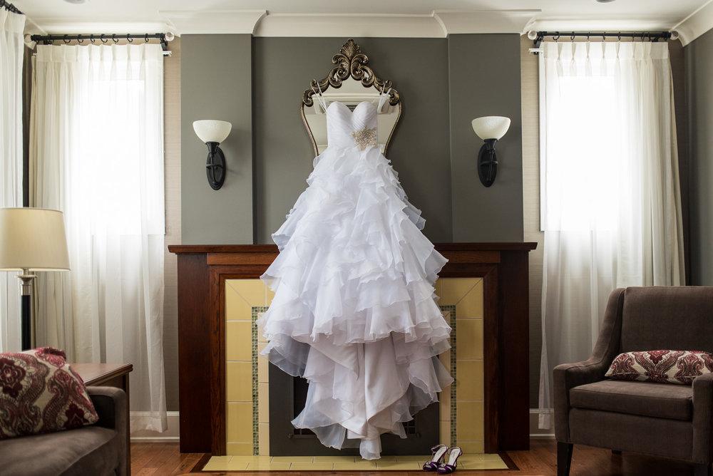 vancouver-island-wedding-photographers-nelson-hume-hotel-wedding-1.jpg