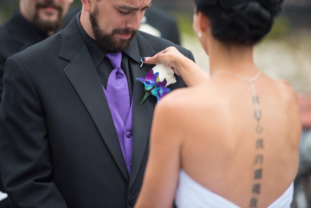 vancouver-island-wedding-photographers-nelson-hume-hotel-wedding-14.jpg