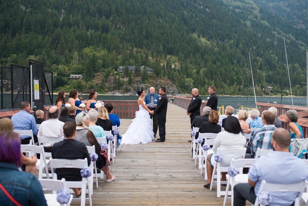 vancouver-island-wedding-photographers-nelson-hume-hotel-wedding-15.jpg
