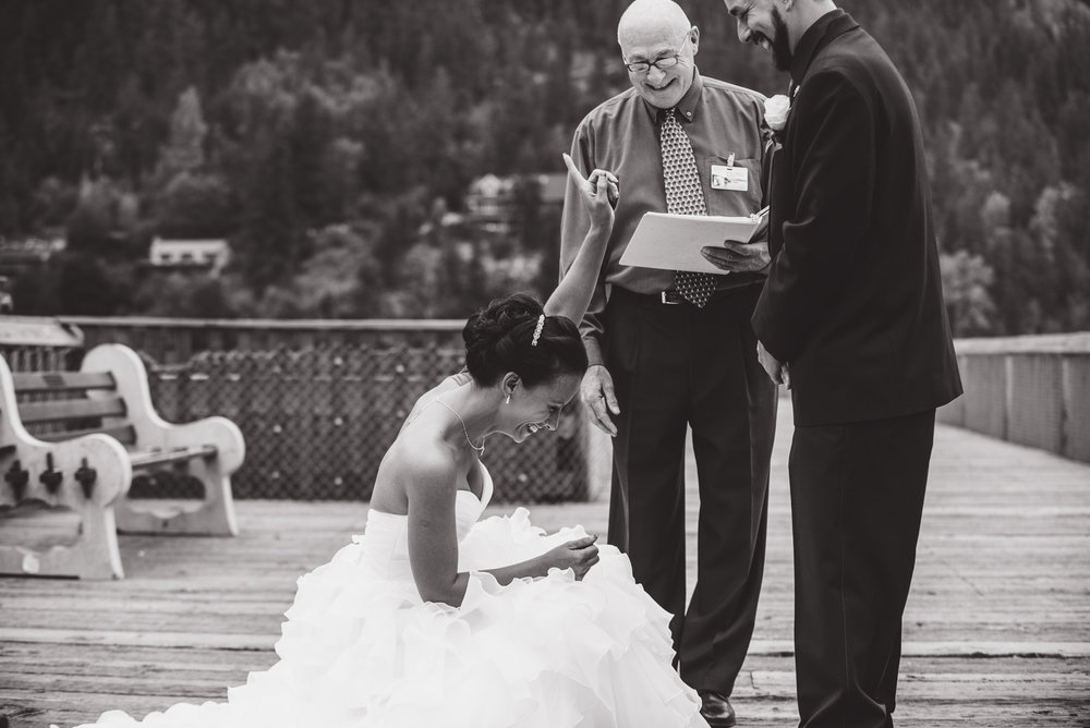 vancouver-island-wedding-photographers-nelson-hume-hotel-wedding-18.jpg