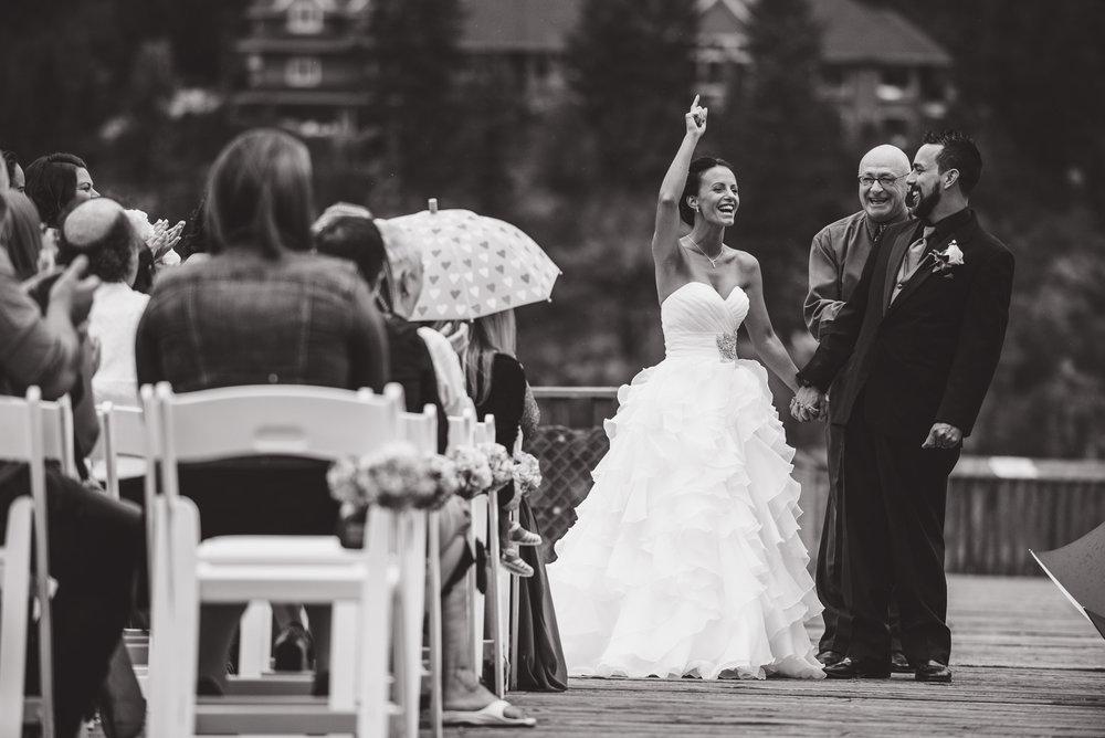 vancouver-island-wedding-photographers-nelson-hume-hotel-wedding-21.jpg