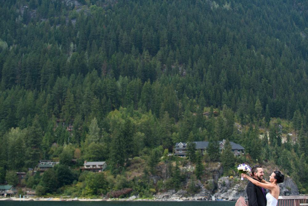 vancouver-island-wedding-photographers-nelson-hume-hotel-wedding-23.jpg