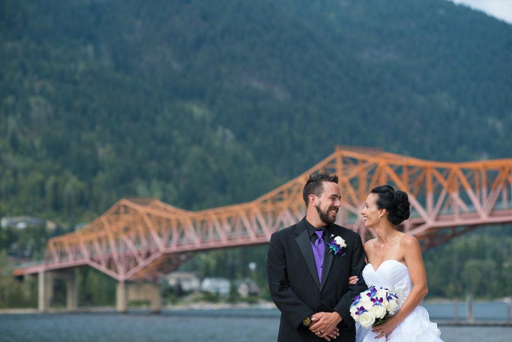 vancouver-island-wedding-photographers-nelson-hume-hotel-wedding-25.jpg