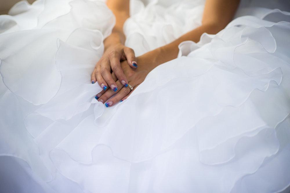 vancouver-island-wedding-photographers-nelson-hume-hotel-wedding-28.jpg