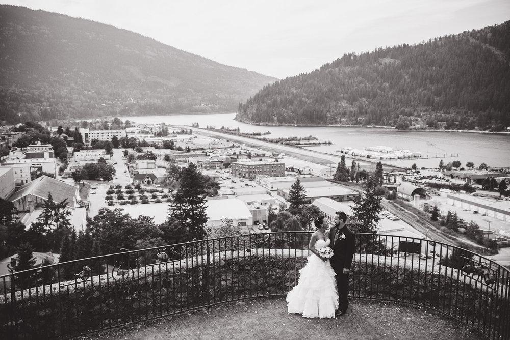 vancouver-island-wedding-photographers-nelson-hume-hotel-wedding-30.jpg