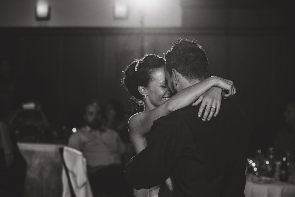 vancouver-island-wedding-photographers-nelson-hume-hotel-wedding-42.jpg