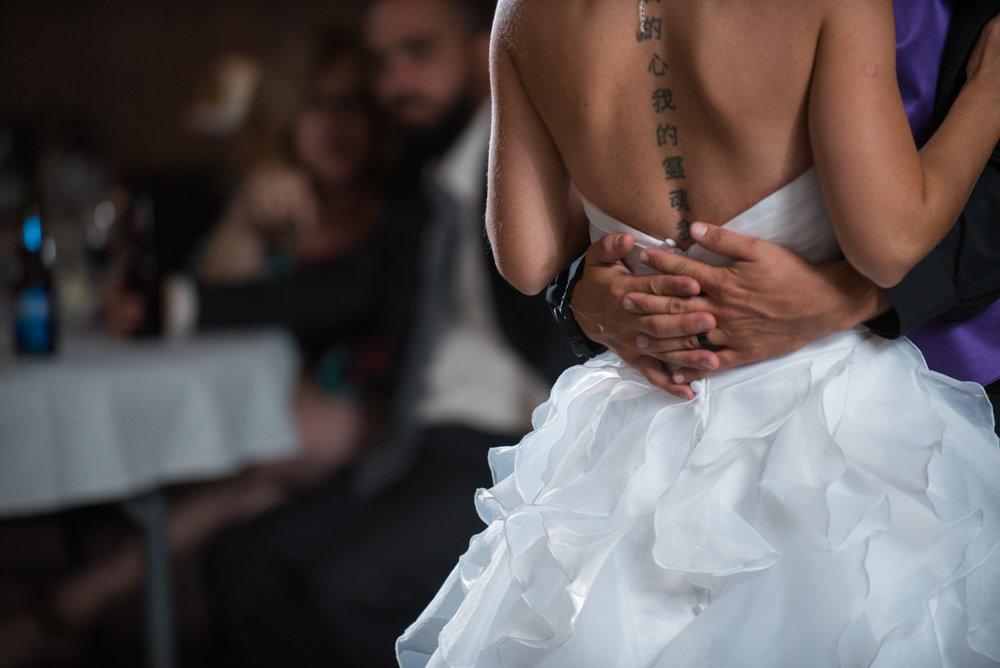 vancouver-island-wedding-photographers-nelson-hume-hotel-wedding-43.jpg