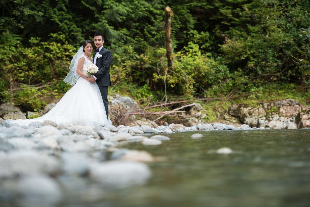 vancouver-island-wedding-photographers-golden-eagle-golf-course-wedding-22.jpg