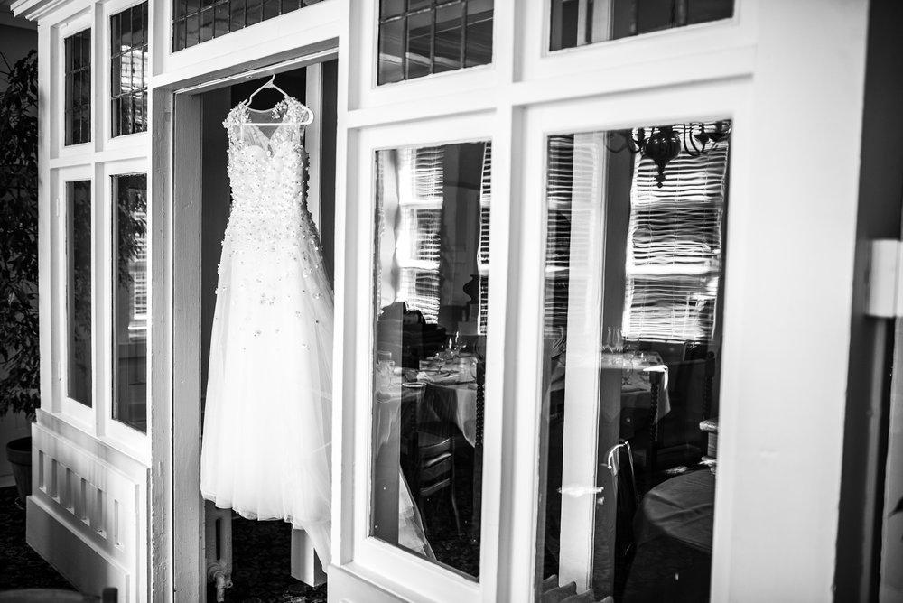 victoria-wedding-photographers-hart-house-burnaby-wedding-6.jpg
