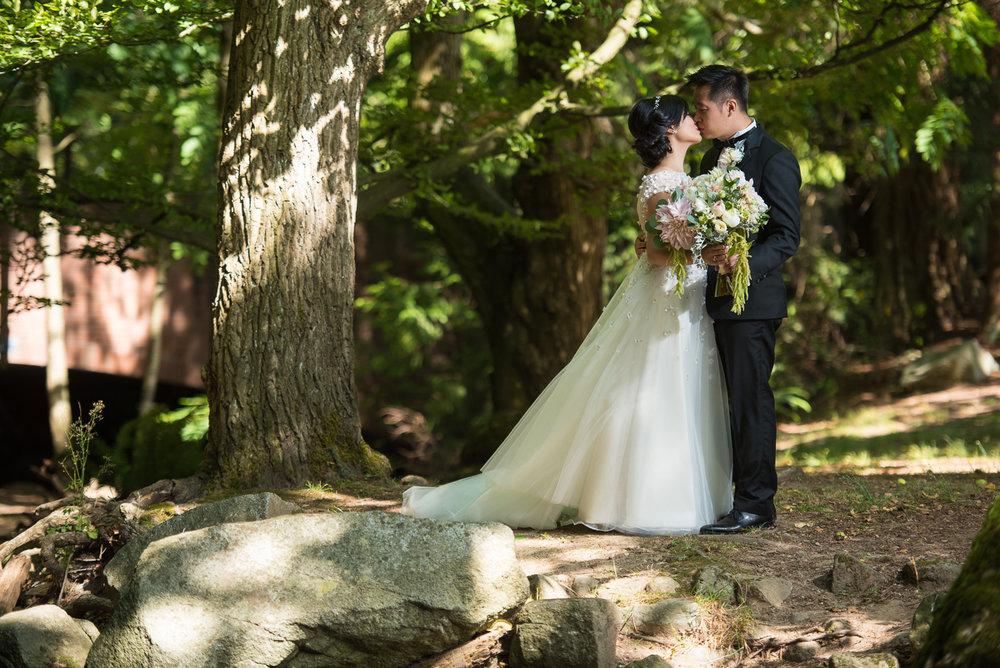 victoria-wedding-photographers-hart-house-burnaby-wedding-15.jpg