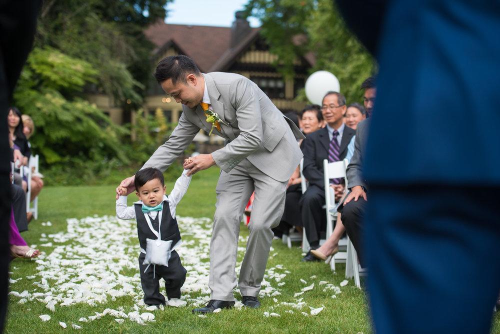 victoria-wedding-photographers-hart-house-burnaby-wedding-23.jpg