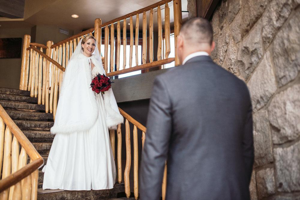 vancouver-island-wedding-photographers-grouse-mountain-winter-wedding-2.jpg