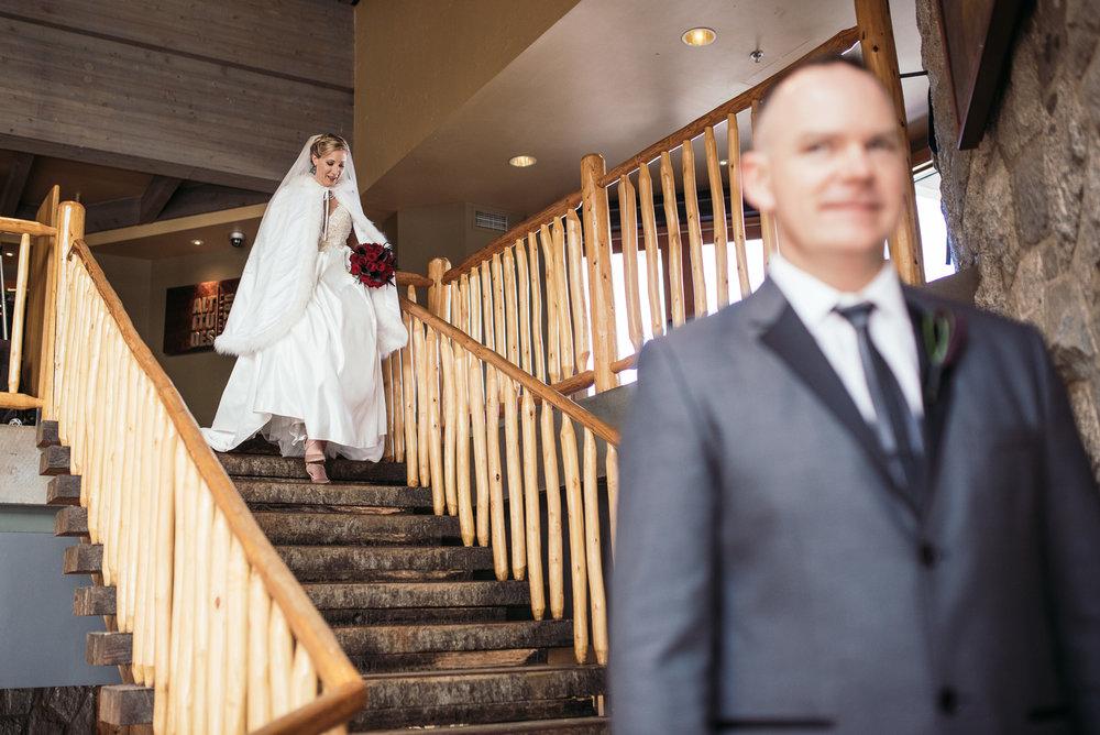 vancouver-island-wedding-photographers-grouse-mountain-winter-wedding-1.jpg