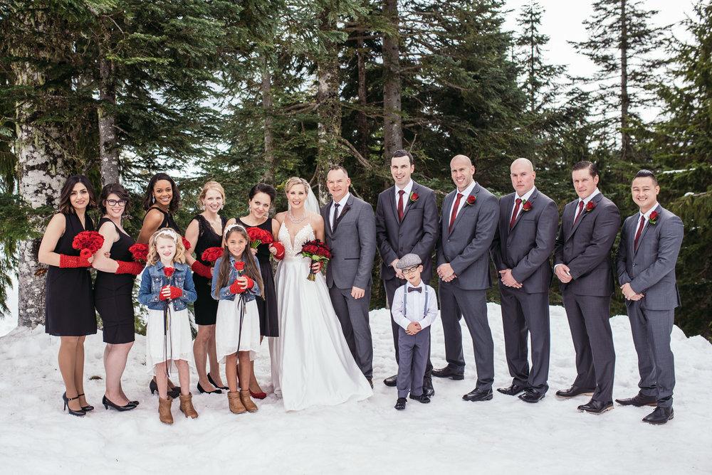 vancouver-island-wedding-photographers-grouse-mountain-winter-wedding-10.jpg