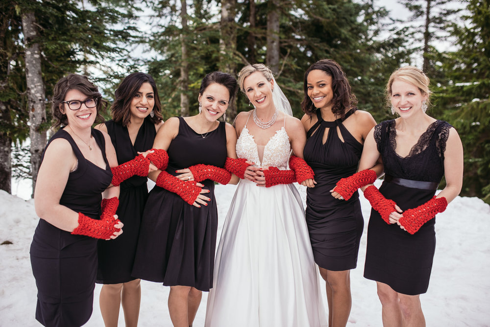 vancouver-island-wedding-photographers-grouse-mountain-winter-wedding-11.jpg
