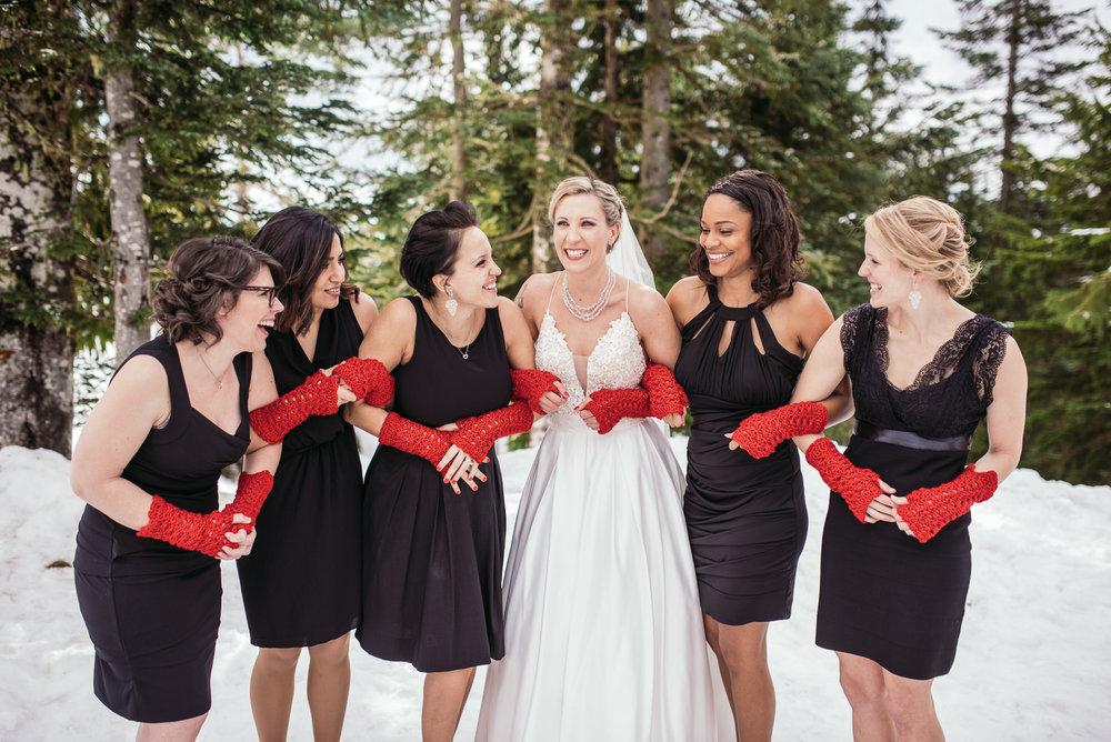 vancouver-island-wedding-photographers-grouse-mountain-winter-wedding-12.jpg