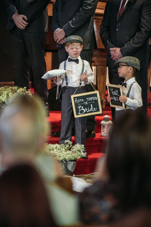 vancouver-island-wedding-photographers-grouse-mountain-winter-wedding-19.jpg