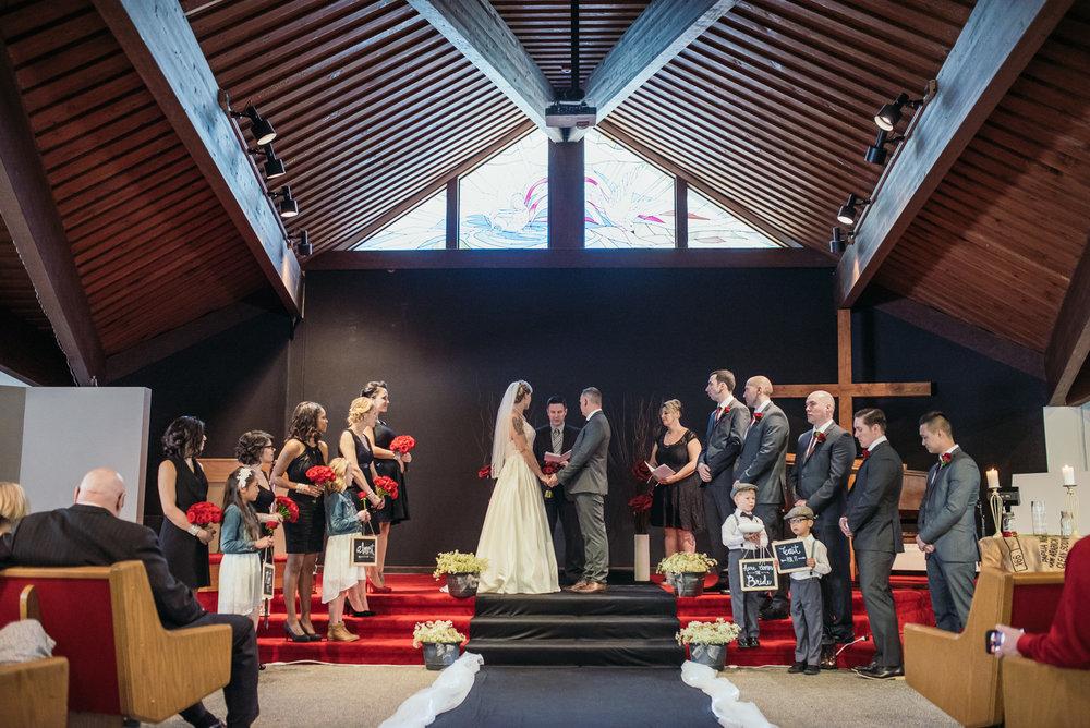 vancouver-island-wedding-photographers-grouse-mountain-winter-wedding-20.jpg