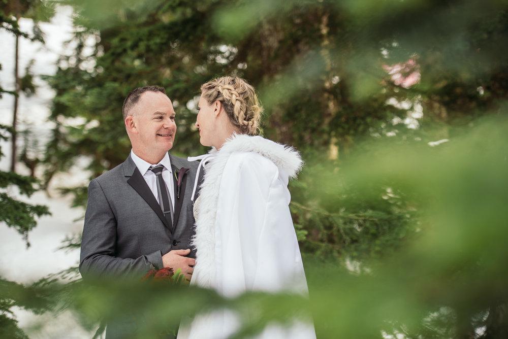 vancouver-island-wedding-photographers-grouse-mountain-winter-wedding-30.jpg
