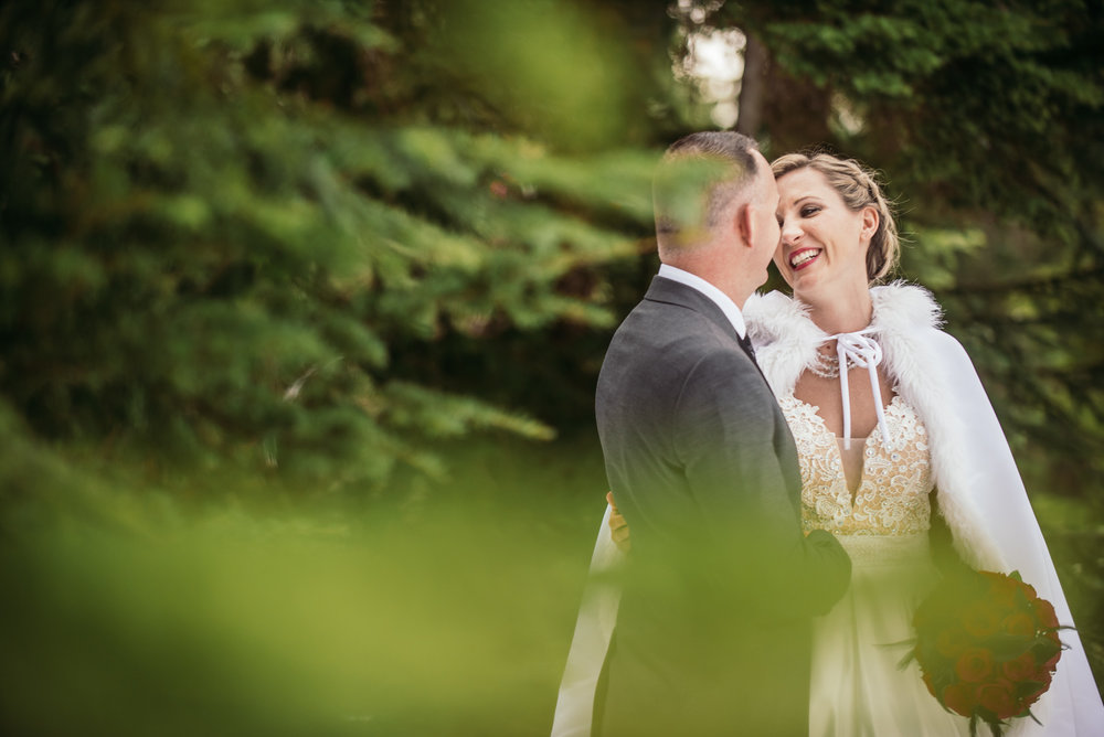 vancouver-island-wedding-photographers-grouse-mountain-winter-wedding-31.jpg