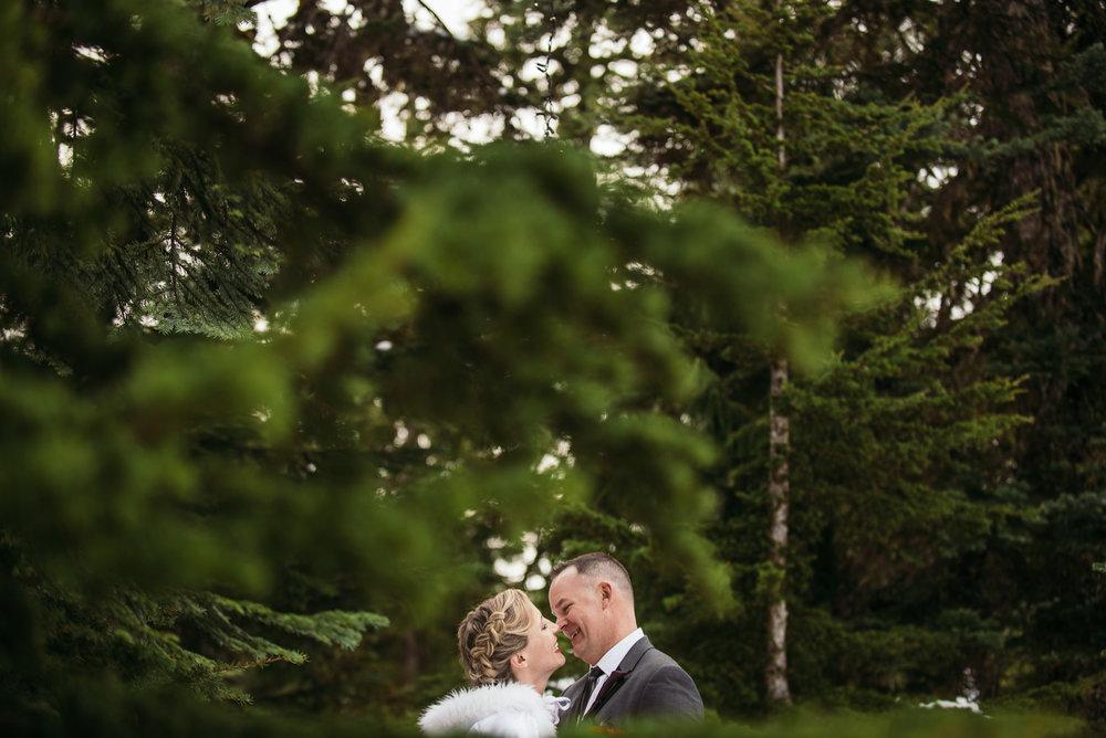 vancouver-island-wedding-photographers-grouse-mountain-winter-wedding-33.jpg