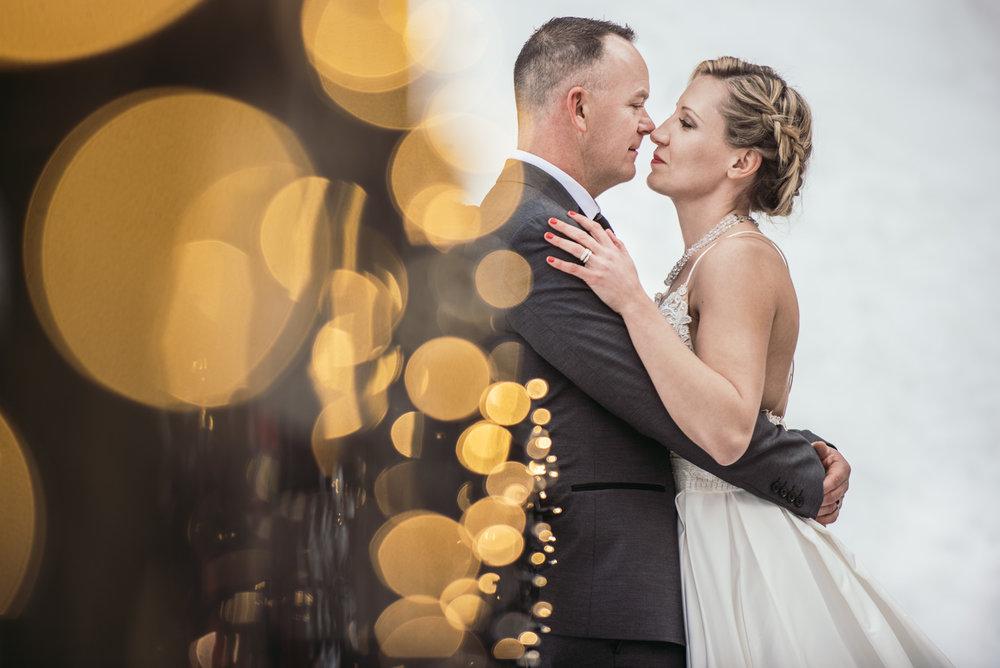 vancouver-island-wedding-photographers-grouse-mountain-winter-wedding-36.jpg