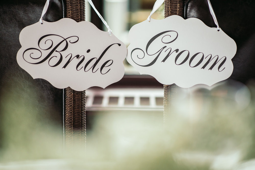 vancouver-island-wedding-photographers-grouse-mountain-winter-wedding-44.jpg