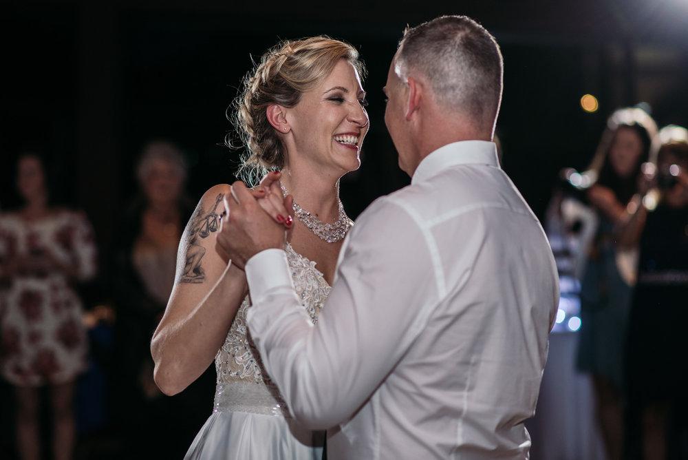 vancouver-island-wedding-photographers-grouse-mountain-winter-wedding-50.jpg