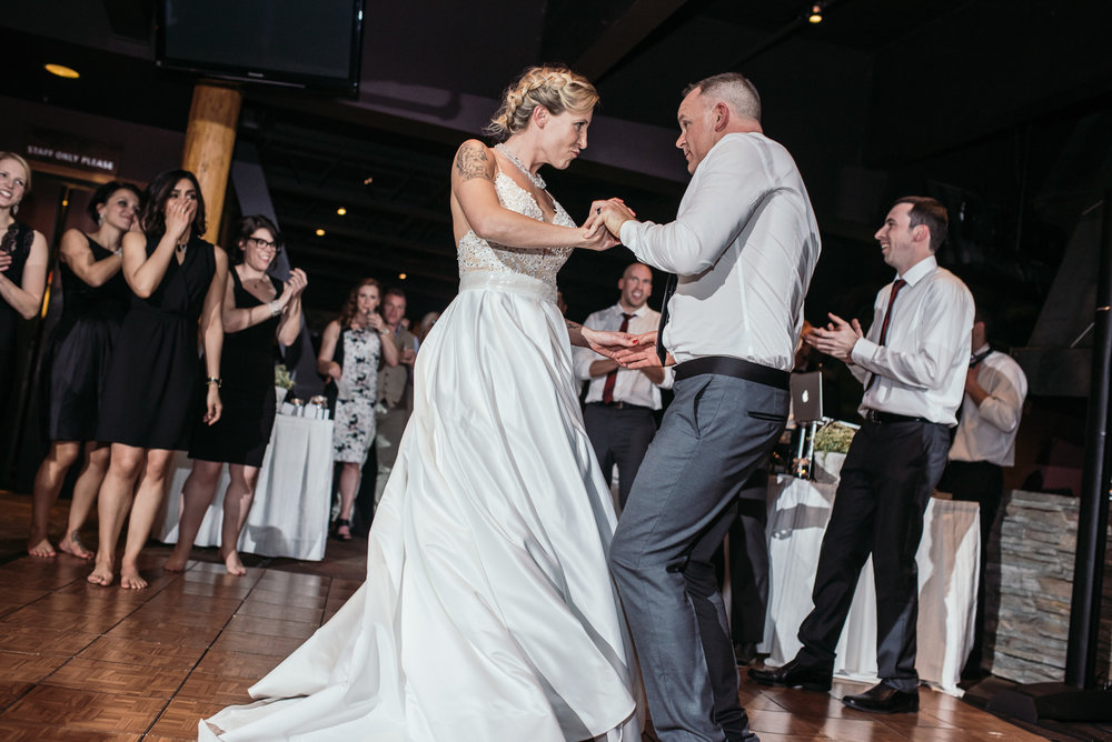 vancouver-island-wedding-photographers-grouse-mountain-winter-wedding-51.jpg