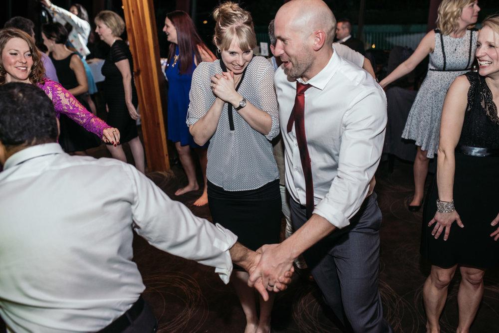 vancouver-island-wedding-photographers-grouse-mountain-winter-wedding-59.jpg