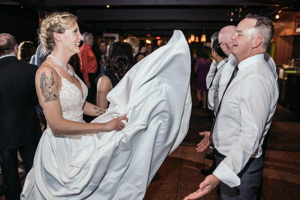 vancouver-island-wedding-photographers-grouse-mountain-winter-wedding-60.jpg