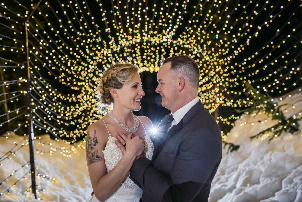 vancouver-island-wedding-photographers-grouse-mountain-winter-wedding-64.jpg