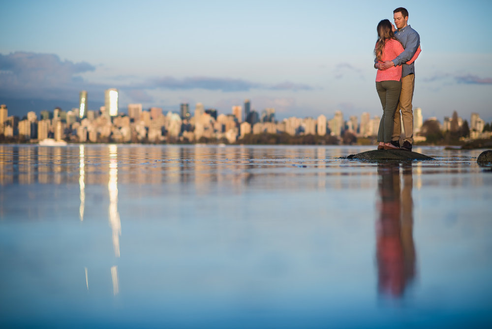 vancouver-island-wedding-photographers-jericho-beach-engagement-19.jpg