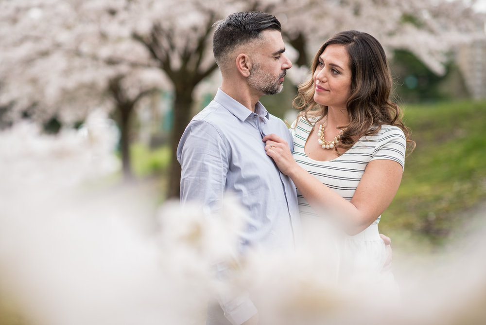 victoria-wedding-photographers-stanley-park-engagement-session-9.jpg