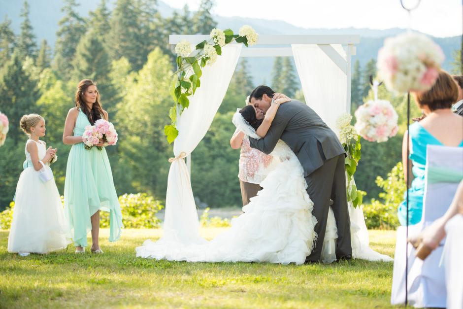 bc-wedding-photographers-kitimat-rod-and-gun-club-wedding-mountaintop-wedding-25.jpg