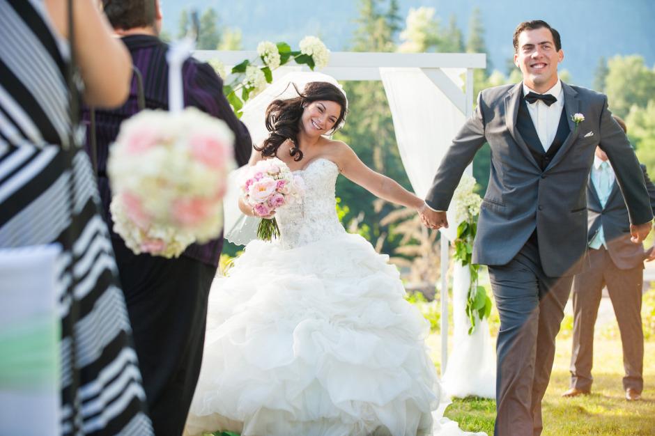 bc-wedding-photographers-kitimat-rod-and-gun-club-wedding-mountaintop-wedding-26.jpg