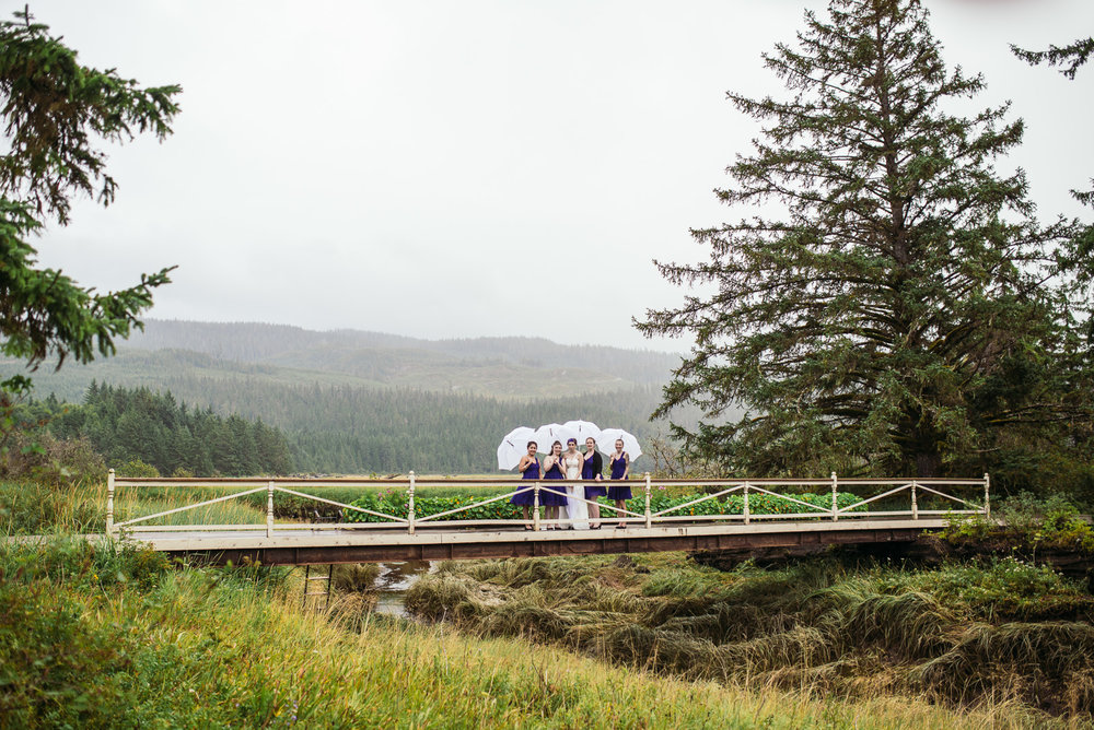 bc-wedding-photographers-kitimat-minette-bay-lodge-wedding-16.jpg