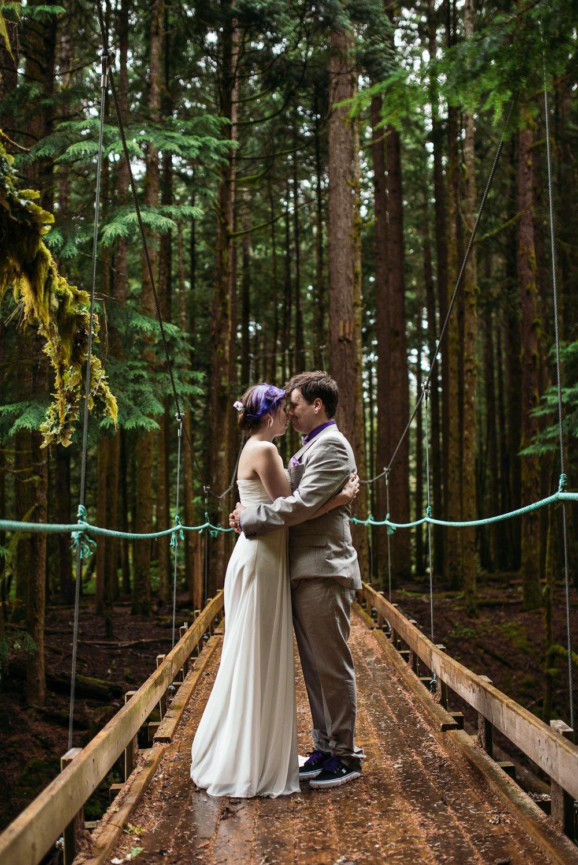 bc-wedding-photographers-kitimat-minette-bay-lodge-wedding-19.jpg