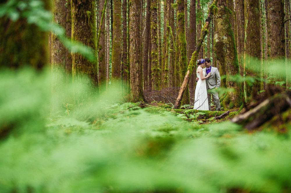 bc-wedding-photographers-kitimat-minette-bay-lodge-wedding-22.jpg