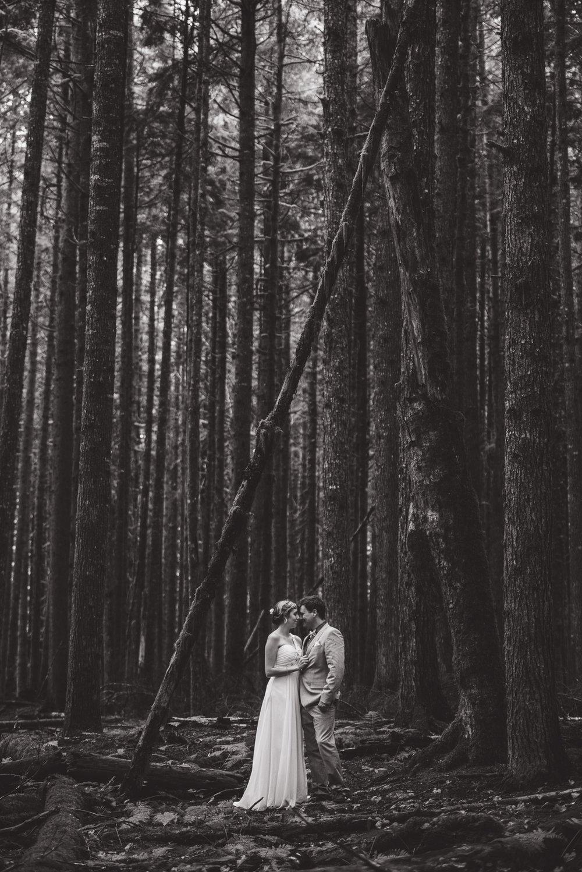 bc-wedding-photographers-kitimat-minette-bay-lodge-wedding-24.jpg