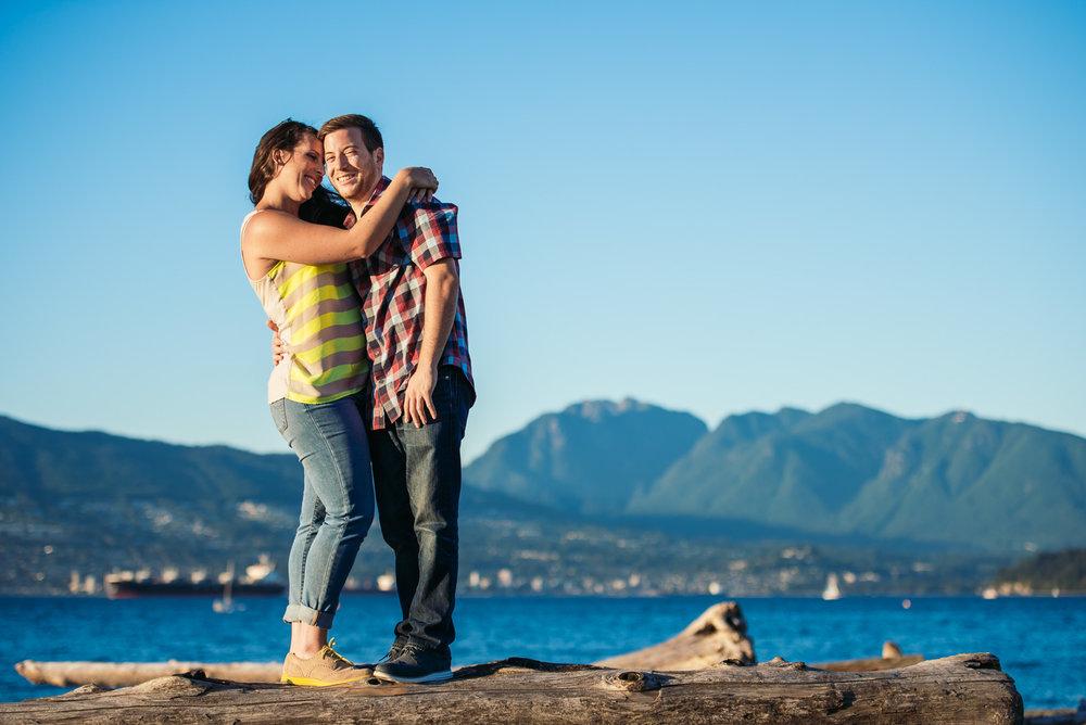 vancouver-island-wedding-photographers-jericho-beach-engagement-12.jpg
